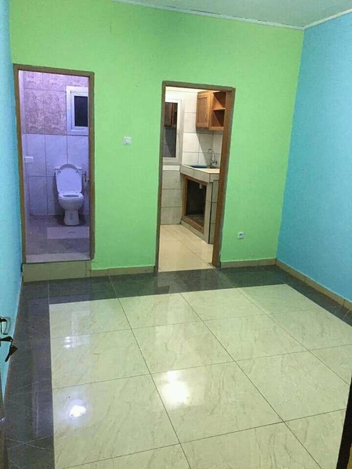 Chambre à louer - Douala, PK 19, 100frc de l'université de pk17 - 25 000 FCFA / mois