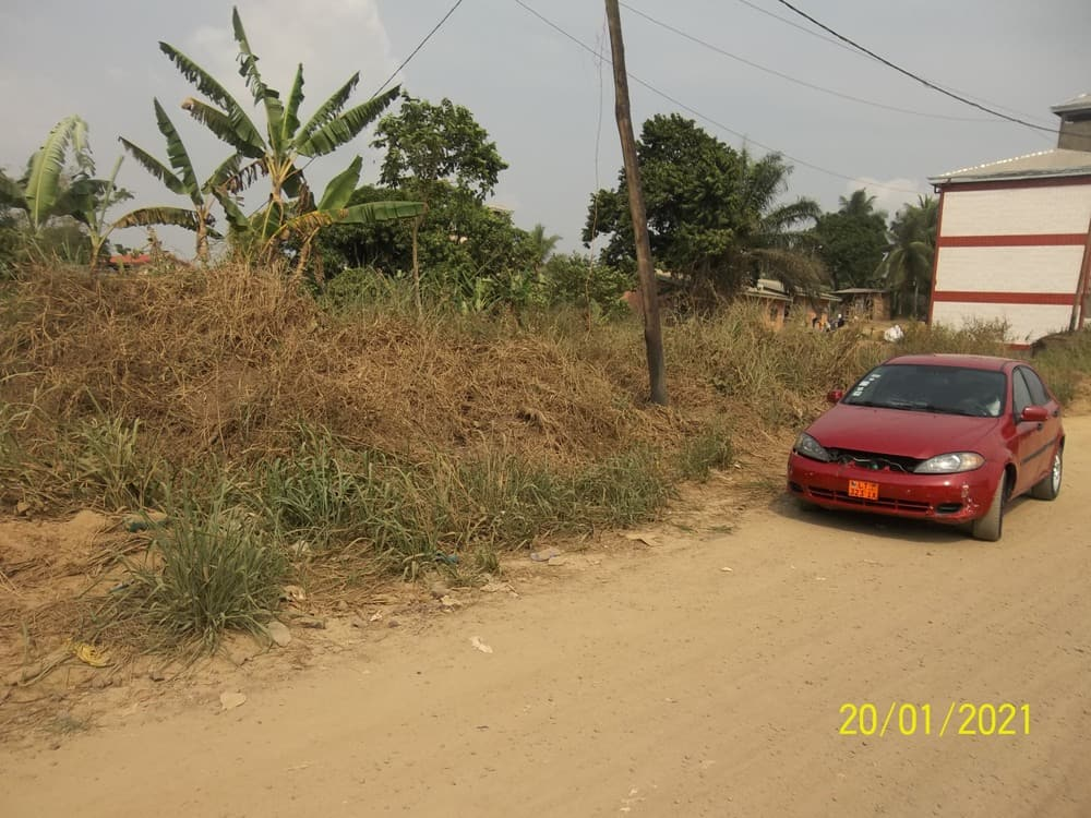 Land for sale at Douala, Yassa, Yatchika - 500 m2 - 15 000 000 FCFA