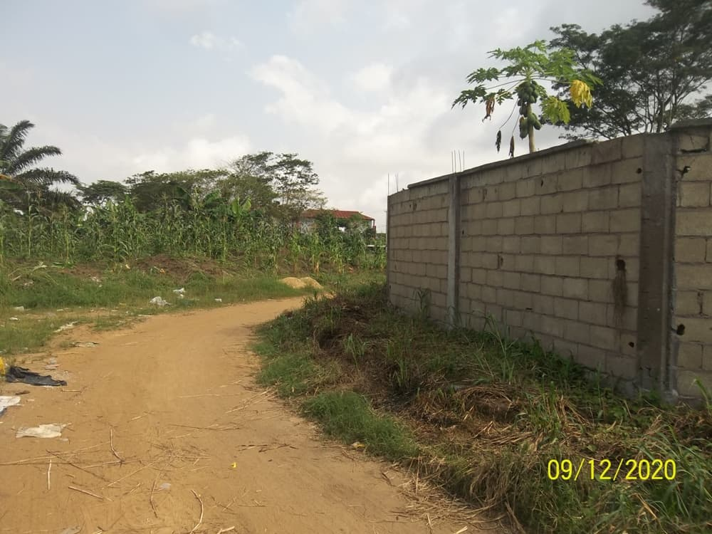 Land for sale at Douala, Yassa, Yansoki - 1000 m2 - 28 000 000 FCFA