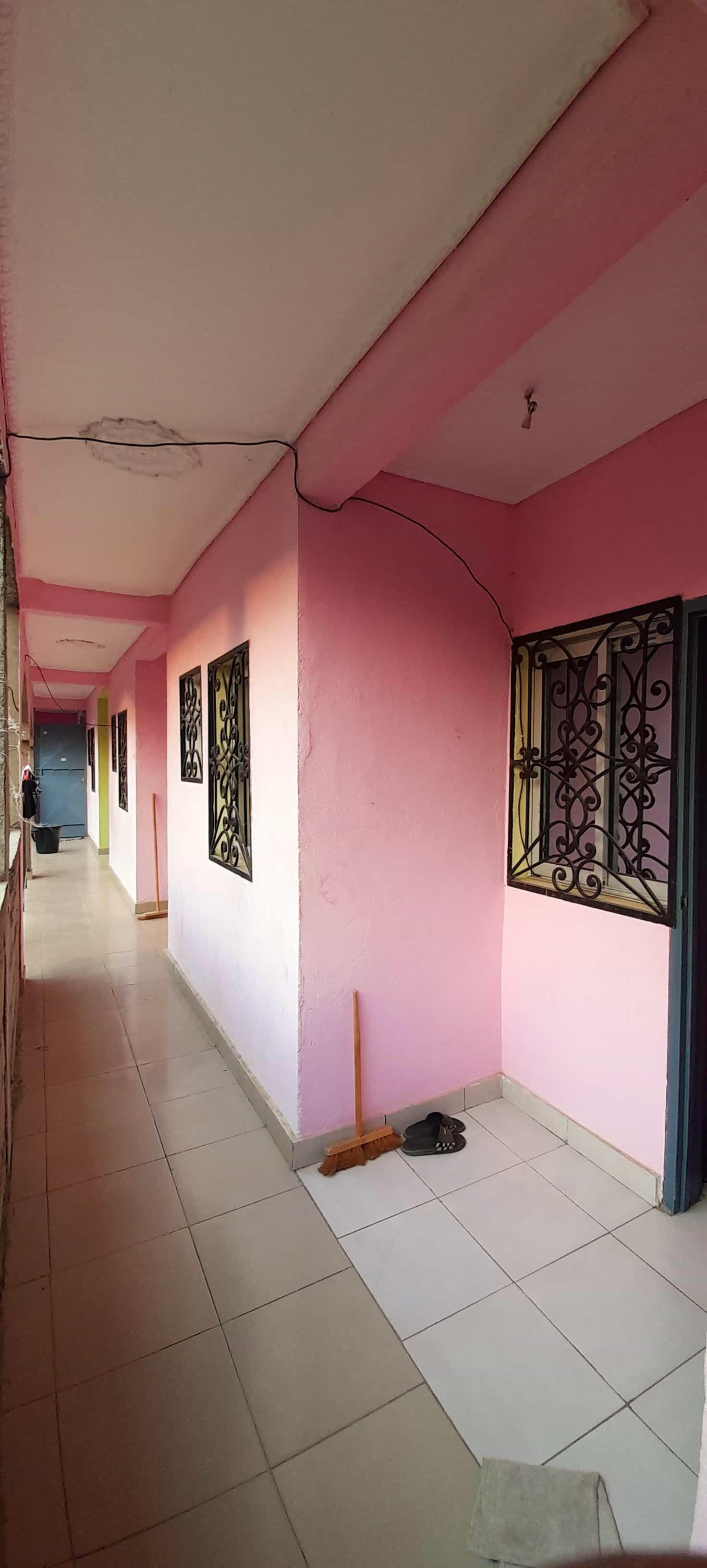 Chambre à louer - Douala, Makepe, Rhône Poulenc - 40 000 FCFA / mois
