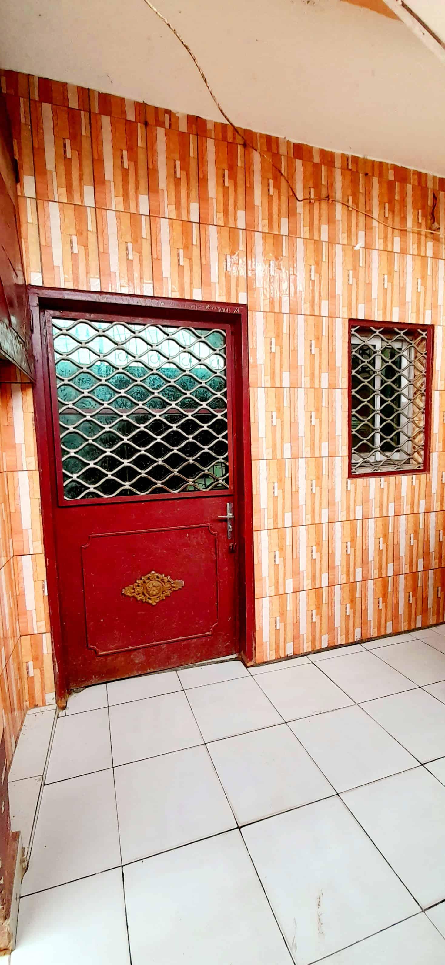 Appartement à louer - Douala, Bepanda, Boulangerie de la paix - 1 salon(s), 1 chambre(s), 1 salle(s) de bains - 50 000 FCFA / mois
