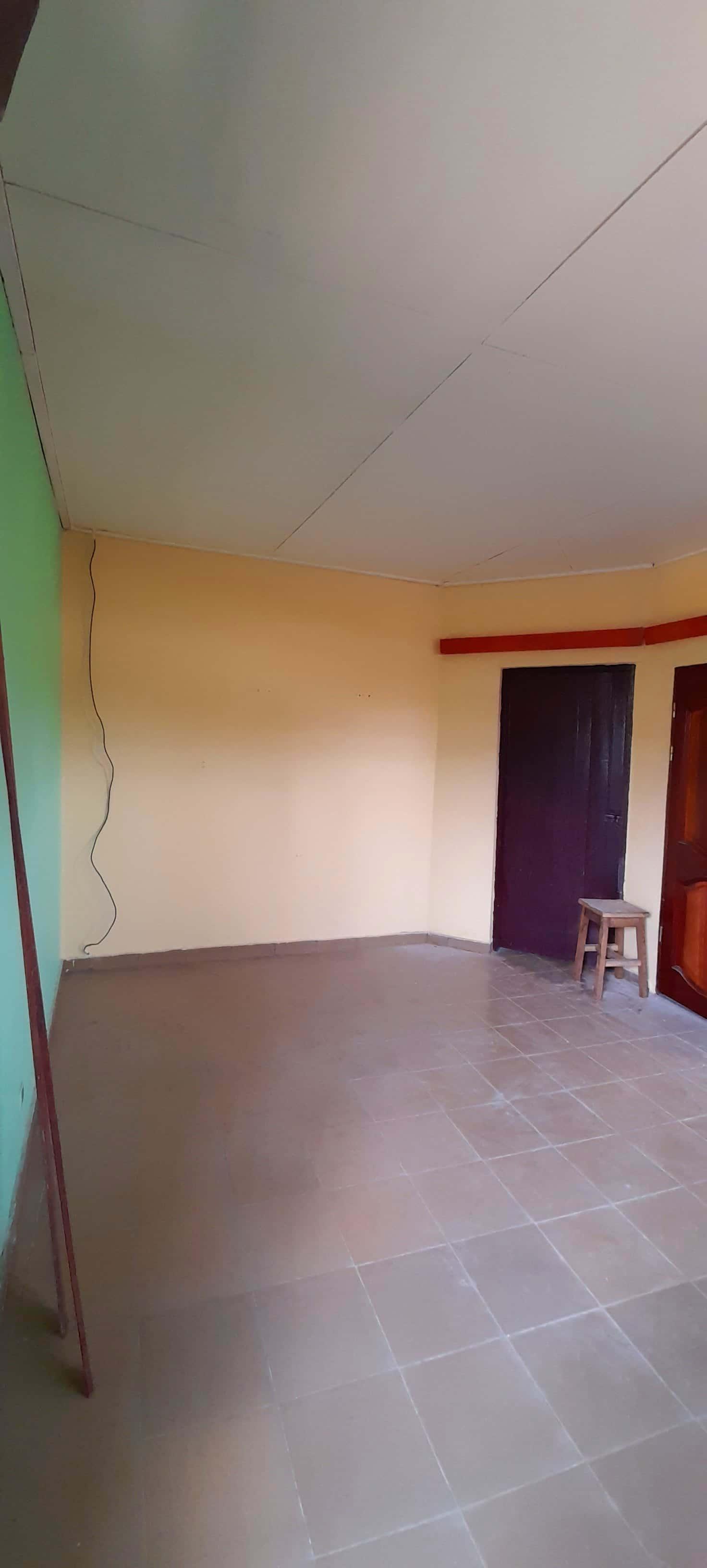 Appartement à louer - Douala, Bepanda, Vers le carrefour la fontaine - 1 salon(s), 1 chambre(s), 1 salle(s) de bains - 60 000 FCFA / mois