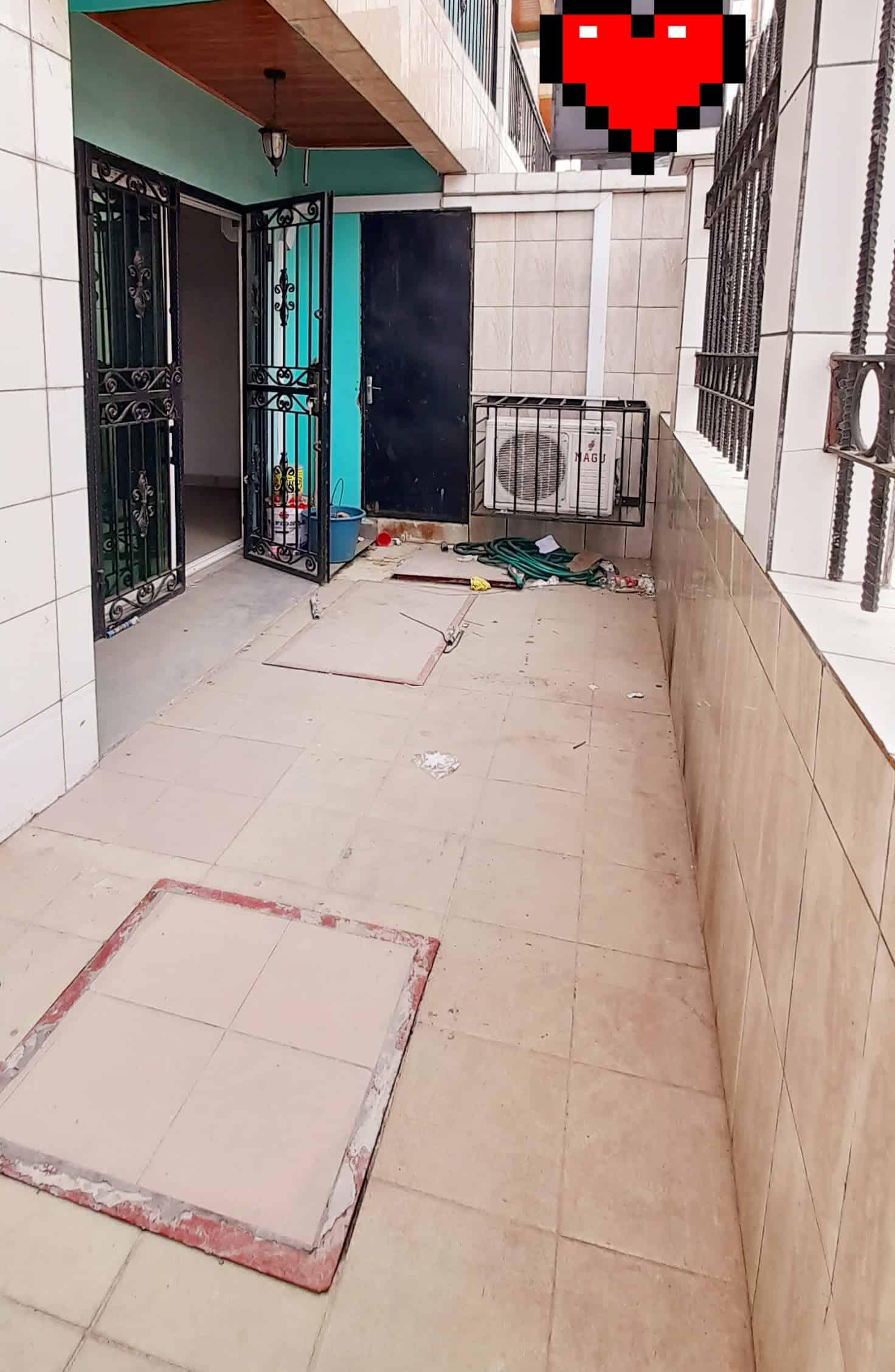 Appartement à louer - Douala, Bonamoussadi, Bien situé À bonamoussadi Denver - 1 salon(s), 2 chambre(s), 1 salle(s) de bains - 220 000 FCFA / mois
