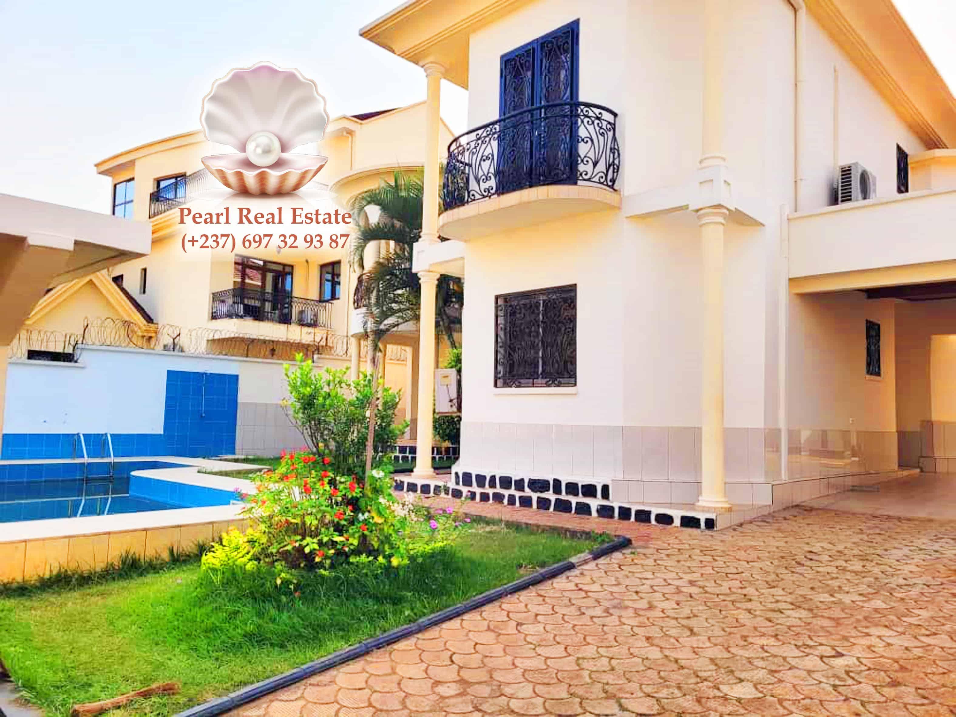 House (Villa) to rent - Yaoundé, Bastos, Bastos - 1 living room(s), 4 bedroom(s), 3 bathroom(s) - 2 500 000 FCFA / month