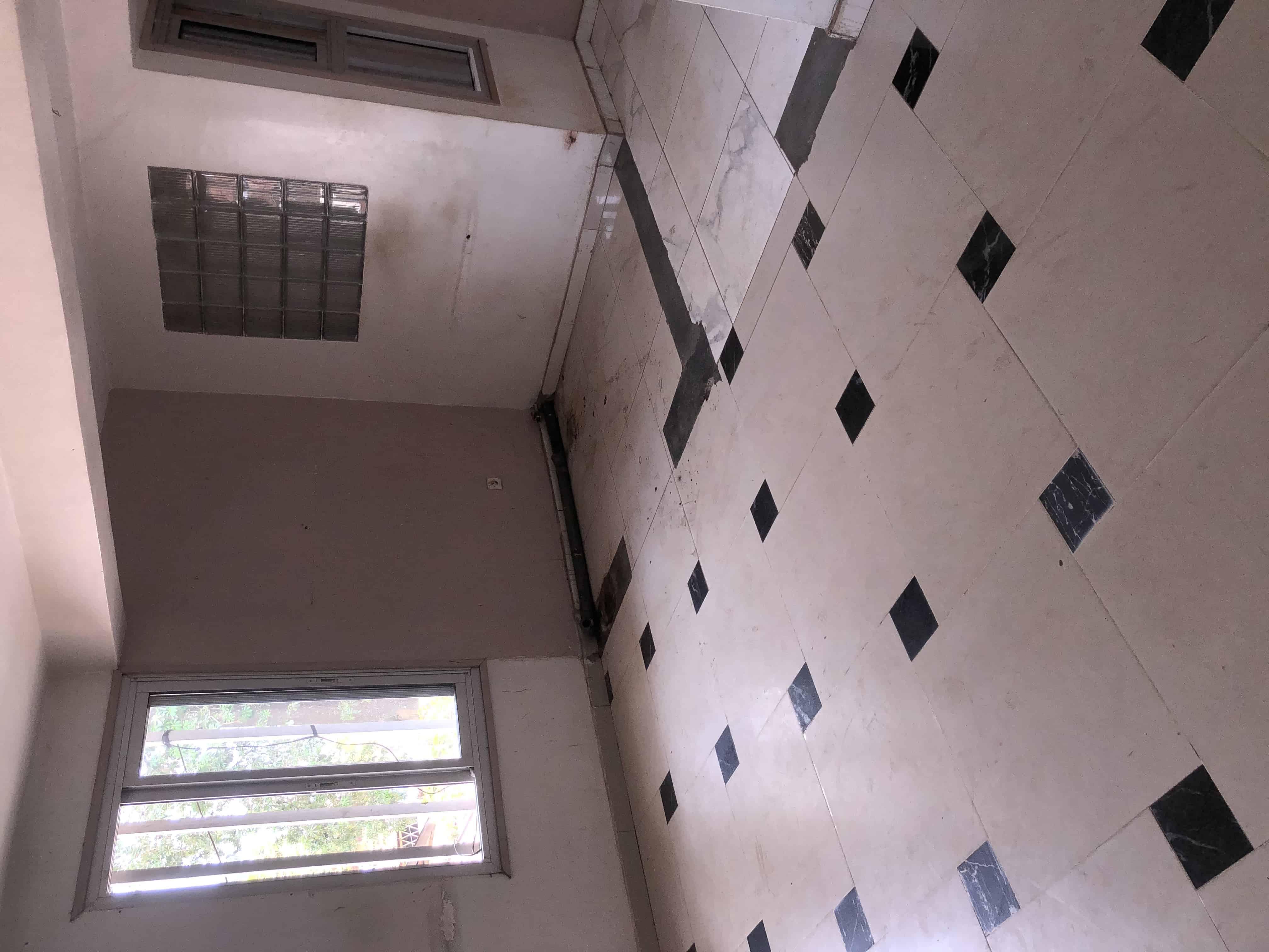 Office to rent at Yaoundé, Elig-essono, Mahima -  m2 - 150 000 FCFA