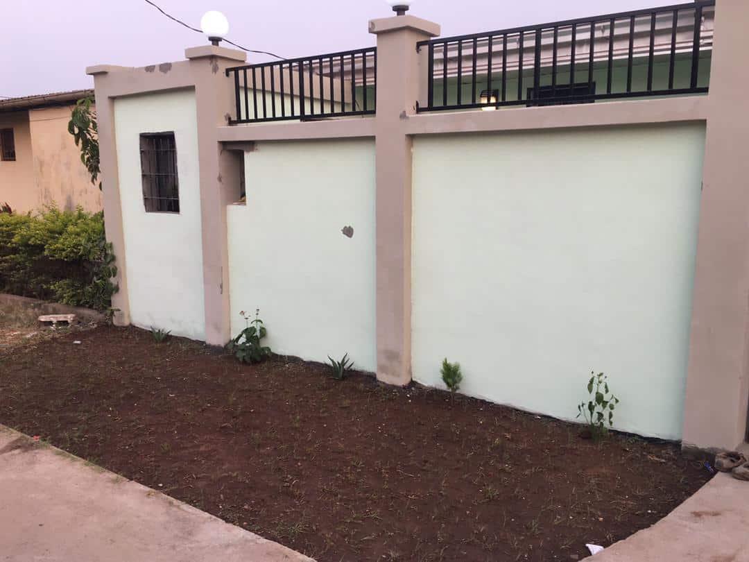 House (Villa) to rent - Yaoundé, Cité verte, HOPITAL - 2 living room(s), 3 bedroom(s), 2 bathroom(s) - 300 000 FCFA / month