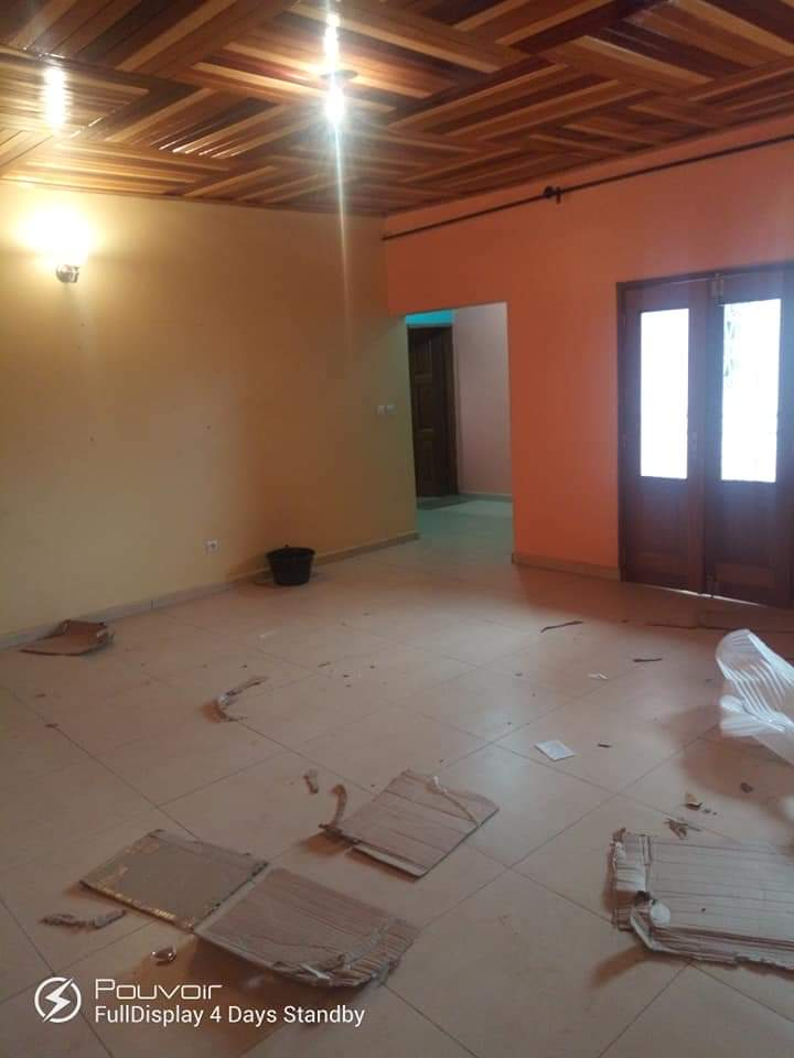 Apartment to rent - Yaoundé, Obobogo, GULFIN - 1 living room(s), 2 bedroom(s), 2 bathroom(s) - 125 000 FCFA / month