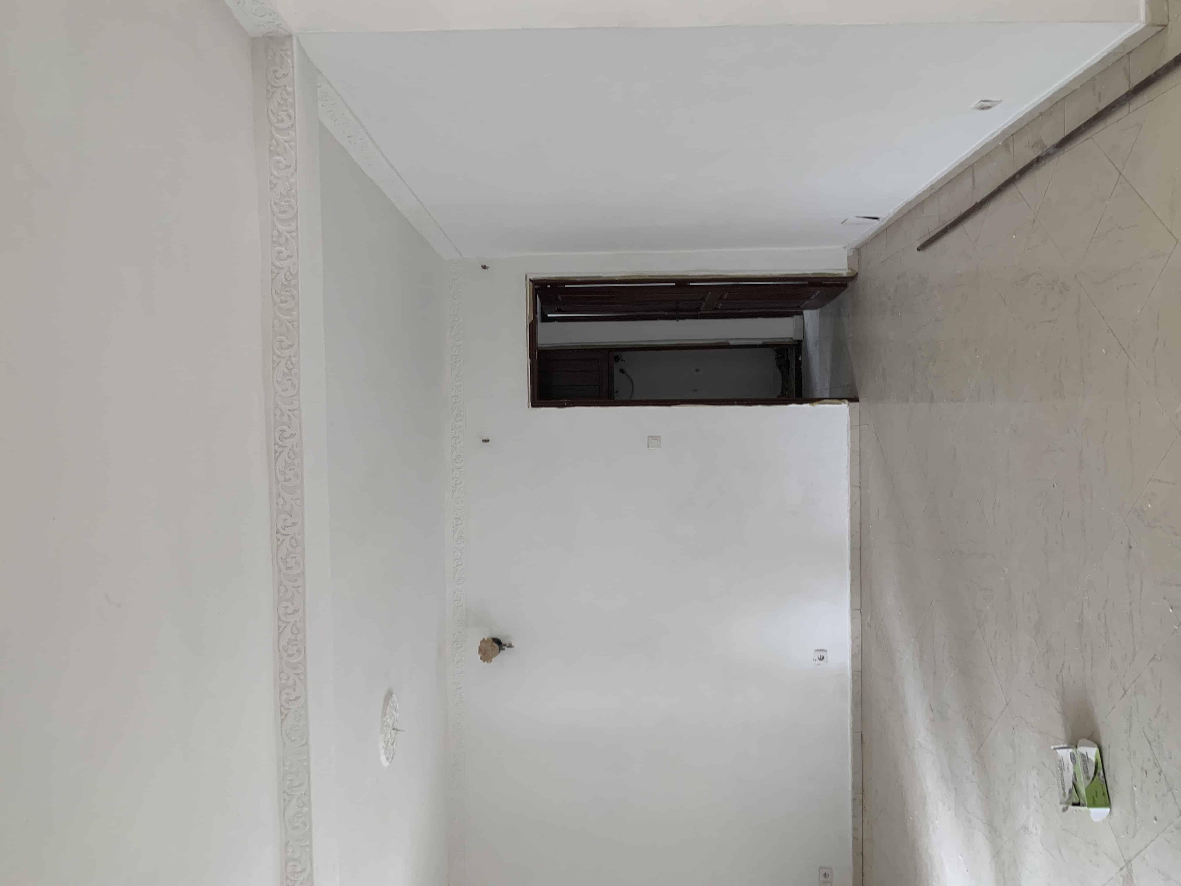 Appartement à louer - Yaoundé, Bastos, Quartier golf - 1 salon(s), 3 chambre(s), 2 salle(s) de bains - 350 000 FCFA / mois