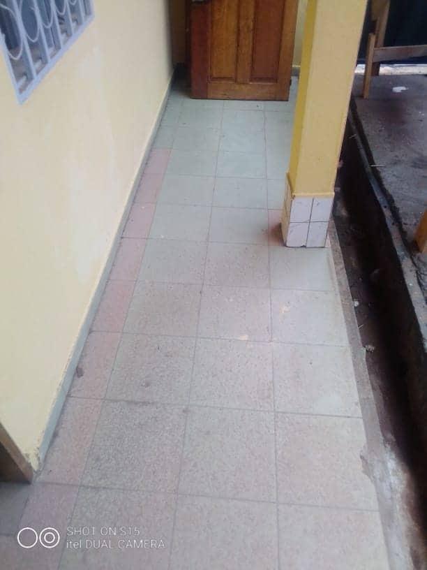 Appartement à louer - Yaoundé, Ngousso, HAOUSSA - 1 salon(s), 2 chambre(s), 1 salle(s) de bains - 100 000 FCFA / mois