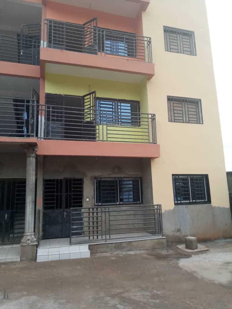 Appartement à louer - Yaoundé, Mimboman I, OPEP - 1 salon(s), 2 chambre(s), 2 salle(s) de bains - 100 000 FCFA / mois