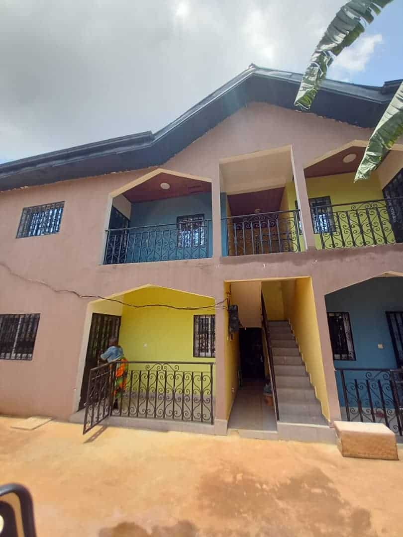 Appartement à louer - Yaoundé, Odza, COMMISSARIAT - 1 salon(s), 2 chambre(s), 1 salle(s) de bains - 85 000 FCFA / mois