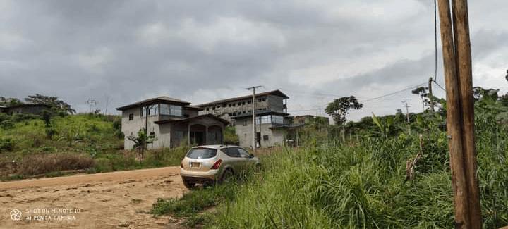 Land for sale at Douala, Lendi, LENDI EN FACE DU COMPLEXE SCOLAIRE PRESBYTÉRIEN. - 200 m2 - 2 400 000 FCFA