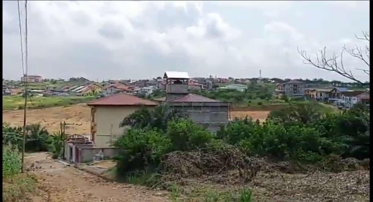 Land for sale at Douala, Yassa, ZONE MAETUR YASSA DERRIÈRE LES LOGEMENTS SOCIAUX CITÉ CHIRAC BWANG BAKOKO À DOUALA. - 490 m2 - 22 000 000 FCFA