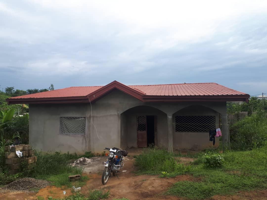 House (Villa) for sale - Douala, Yassa, Yatchika - 1 living room(s), 3 bedroom(s), 2 bathroom(s) - 18 000 000 FCFA / month