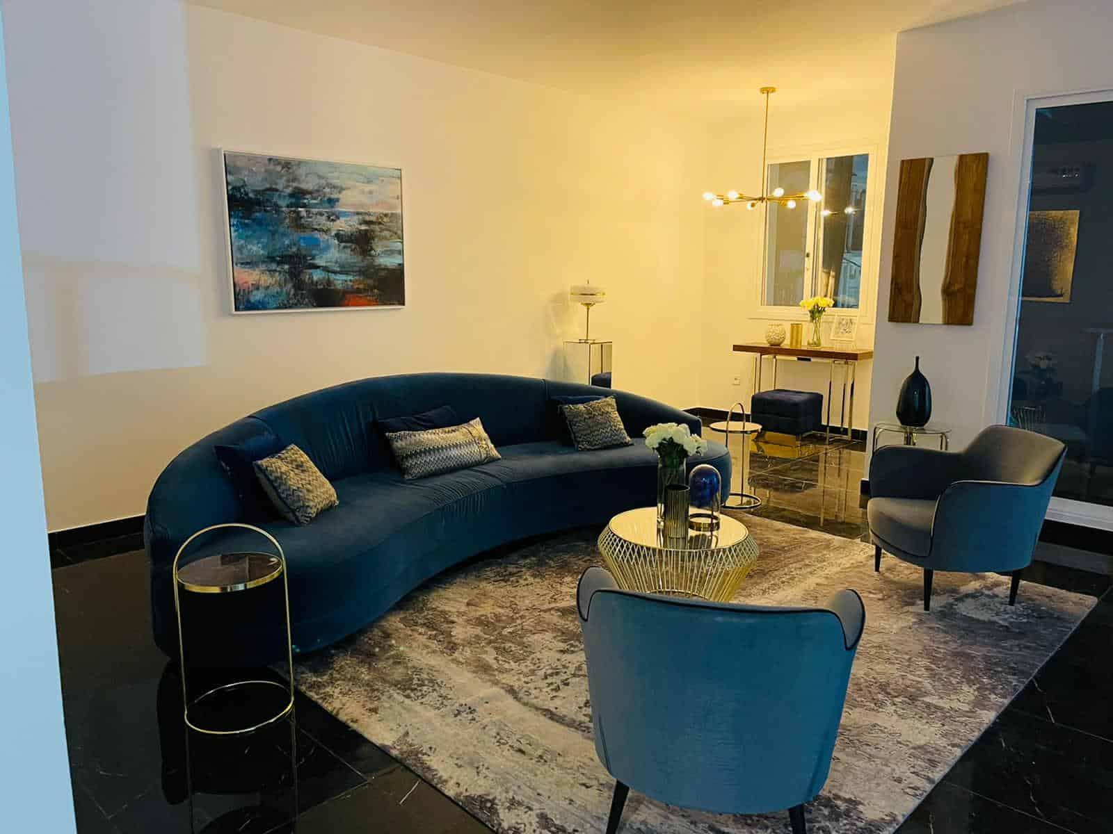 Apartment to rent - Yaoundé, Bastos, Quartier golf - 1 living room(s), 3 bedroom(s), 2 bathroom(s) - 2 500 000 FCFA / month