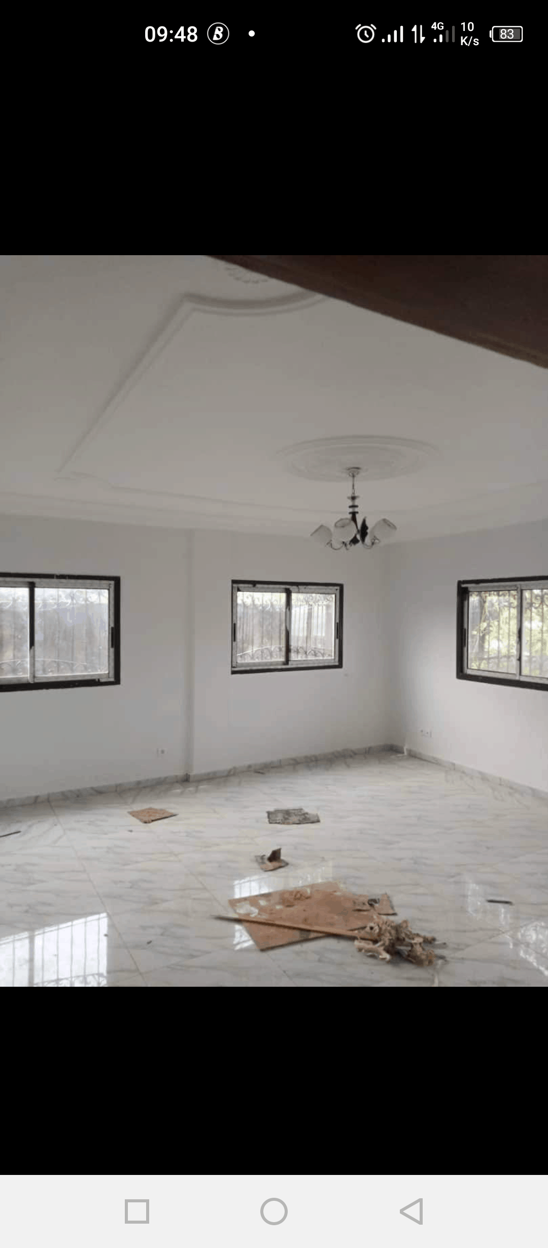 Appartement à louer - Douala, Kotto, 3 familles - 1 salon(s), 3 chambre(s), 2 salle(s) de bains - 200 000 FCFA / mois