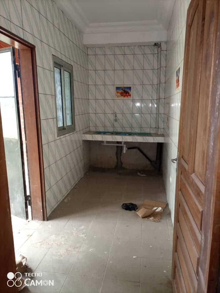 Appartement à louer - Douala, Logpom, Ver bassong - 1 salon(s), 2 chambre(s), 2 salle(s) de bains - 70 000 FCFA / mois