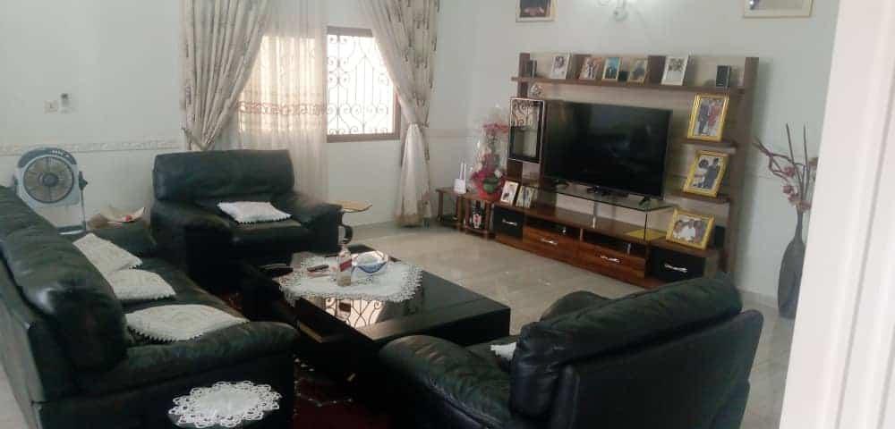 House (Duplex) for sale - Yaoundé, Odza, Koweït city - 2 living room(s), 5 bedroom(s), 5 bathroom(s) - 150 000 000 FCFA / month