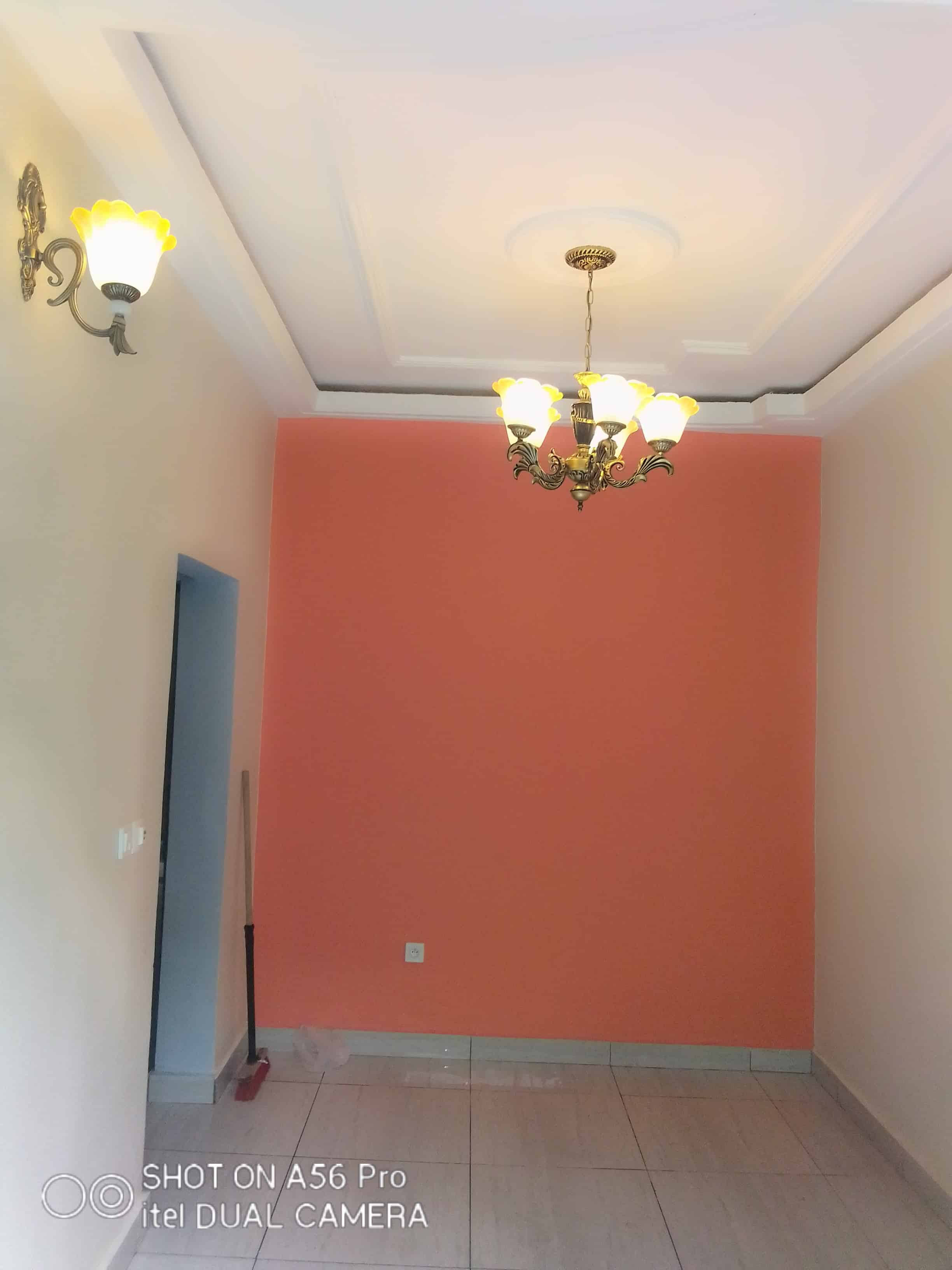 Appartement à louer - Douala, Logpom, Carrefour basson - 1 salon(s), 1 chambre(s), 1 salle(s) de bains - 75 000 FCFA / mois