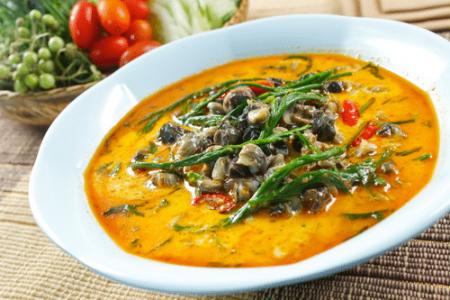 แกงคั่วหอยขม ครัวไหมพร รับทำข้าวกล่อง อาหารจัดเลี้ยง อาหารคลีน อาหารตามสั่ง การันตีความสด อร่อย ถูกหลักอนามัย