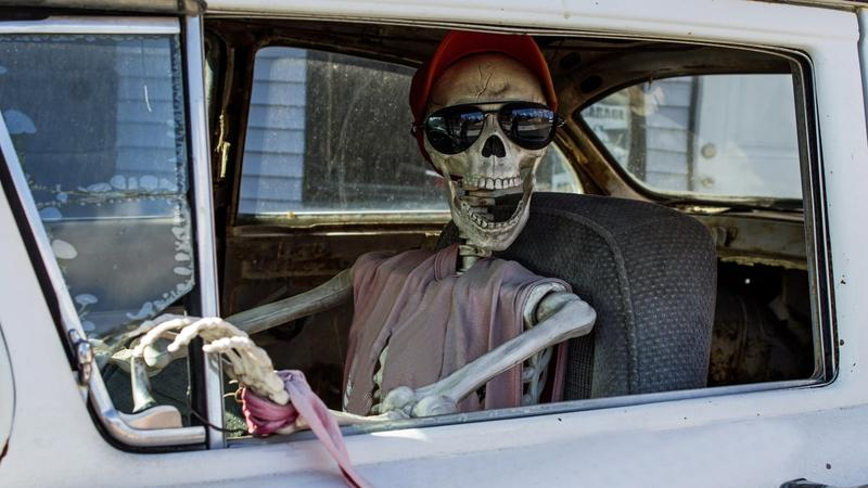 Car Insurance Premiums Give You A Fright 13 Tips To Lower Your Bill Insurancehotline Com