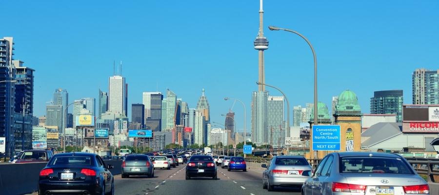 Cars driving in Toronto.jpg