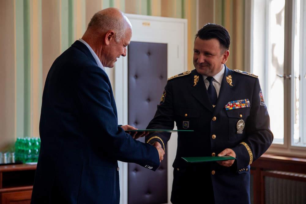 Prohloubena spolupráce mezi Policií ČR a VŠCHT Praha v oblasti analýzy pachových stop