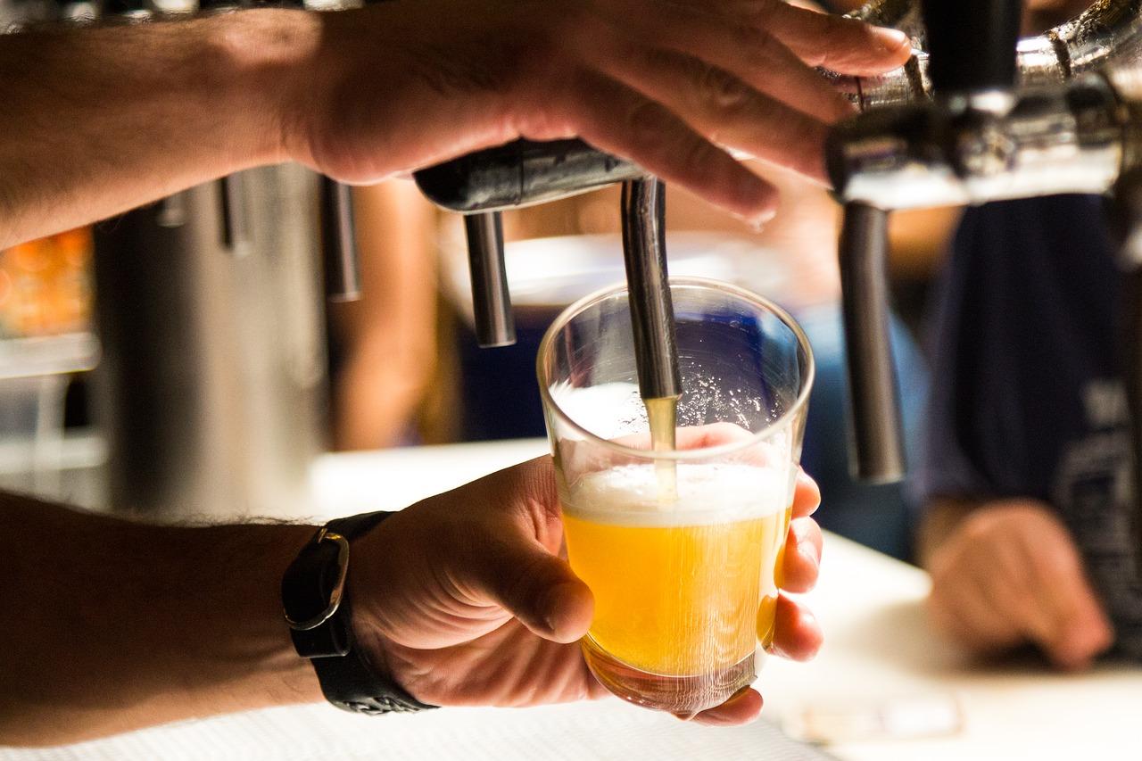 Pixabay/Marcelo Ikeda Tchelão: Rychlejší plynová chromatografie a její využití v pivovarství. Část 3. - Stanovení vybraných semivolatilních senzoricky aktivních látek v pivu.