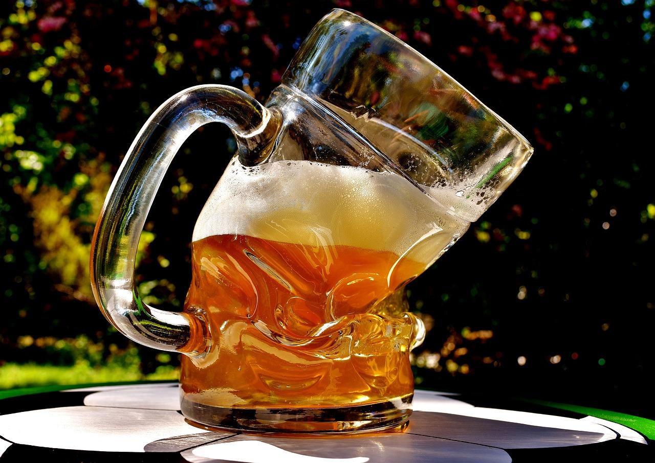 Rychlejší plynová chromatografie a její využití v pivovarství. Část 2. - Stanovení vysoce těkavých senzoricky aktivních látek v pivu po extrakci headspace metodou.
