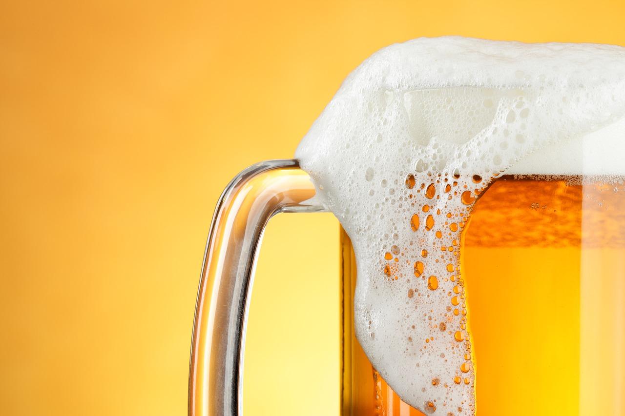 Pixabay/Bruno Marques Bru: Možnosti využití moderních metod přípravy vzorků pro plynově chromatografické analýzy při analýze nápojů a zejména piva. Část 3. - Mikroextrakce na pevné fázi a extrakce na míchací tyčince při analýze mastných kyselin v pivu.