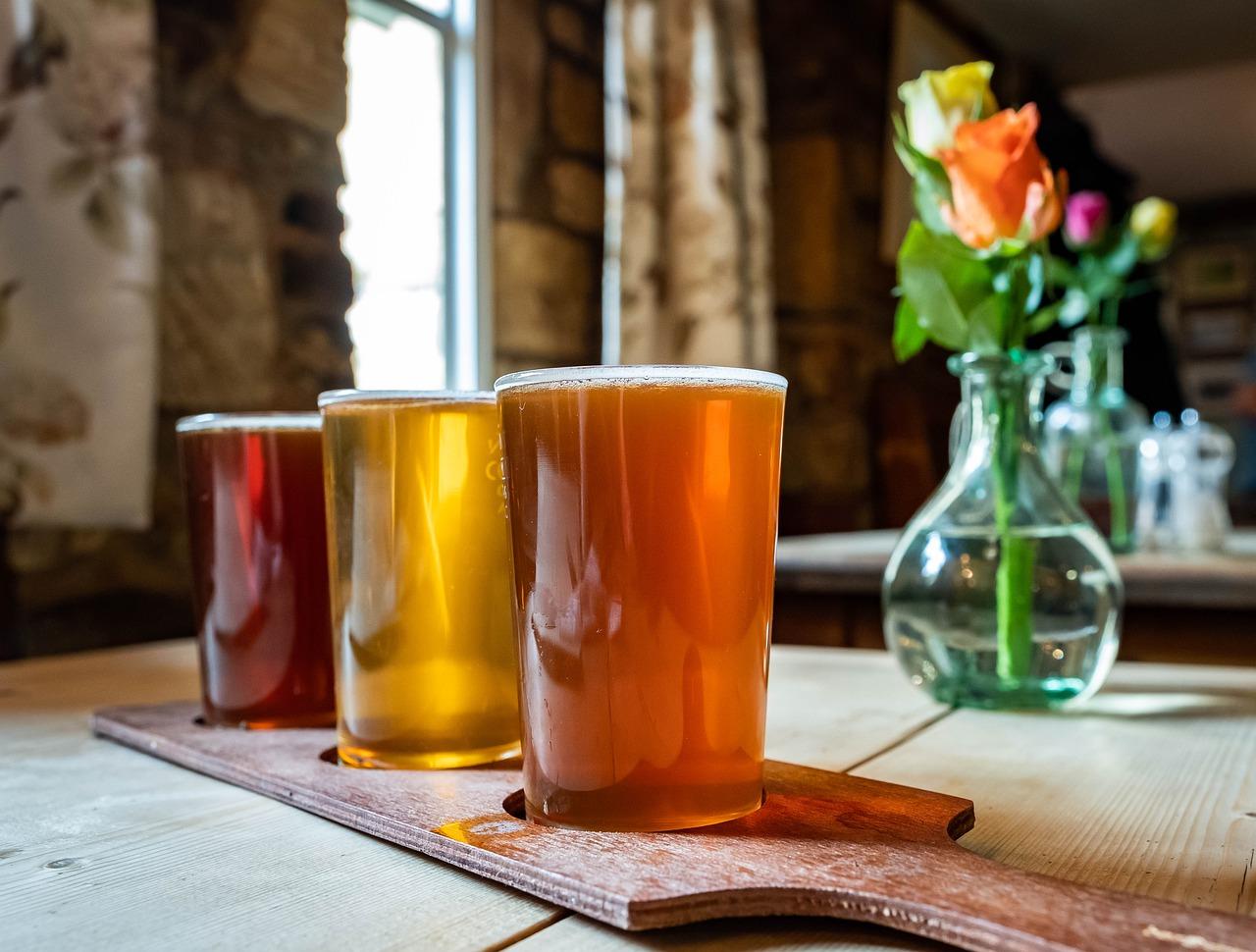 Pixabay/Steven Hodel: Stanovení izomerů nižších mastných kyselin, senzoricky aktivních produktů stárnutí chmele, v pivu