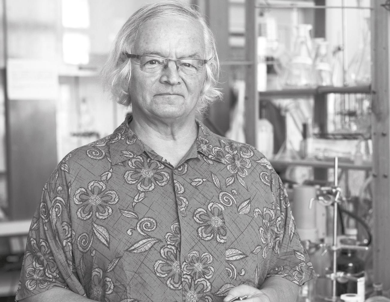 prof. RNDr. Pavel Drašar, DSc.