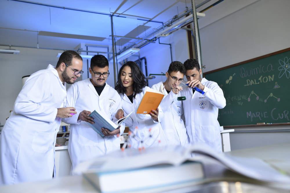 Hongkongské principy jako cesta ke kvalitnějšímu hodnocení vědců