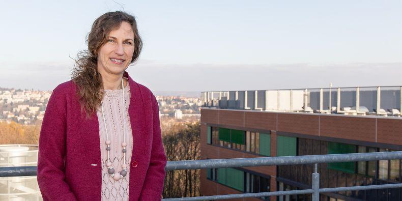 Masarykova univerzita, Helena Brunnerová, Magazín M, CC-BY: Po narození dcer jsem skoro devět let dělala něco úplně jiného, svěřila se Jana Klánová.