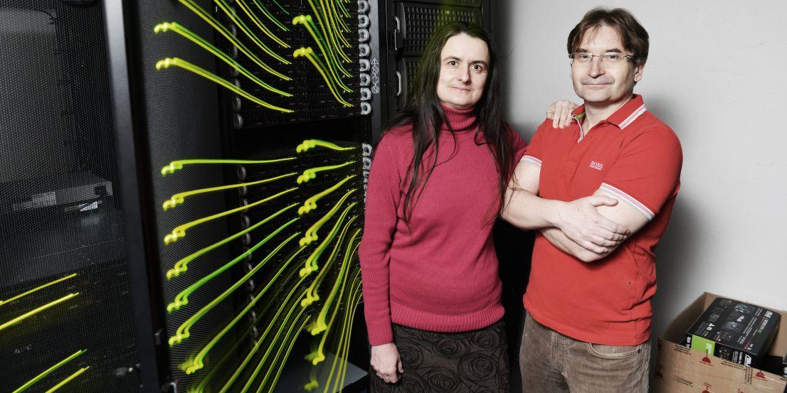 Universitas/Tino Kratochvíl: Biochemik Jiří Šponer s manželkou Judit E. Šponer, s níž na několika výzkumných projektech spolupracuje.