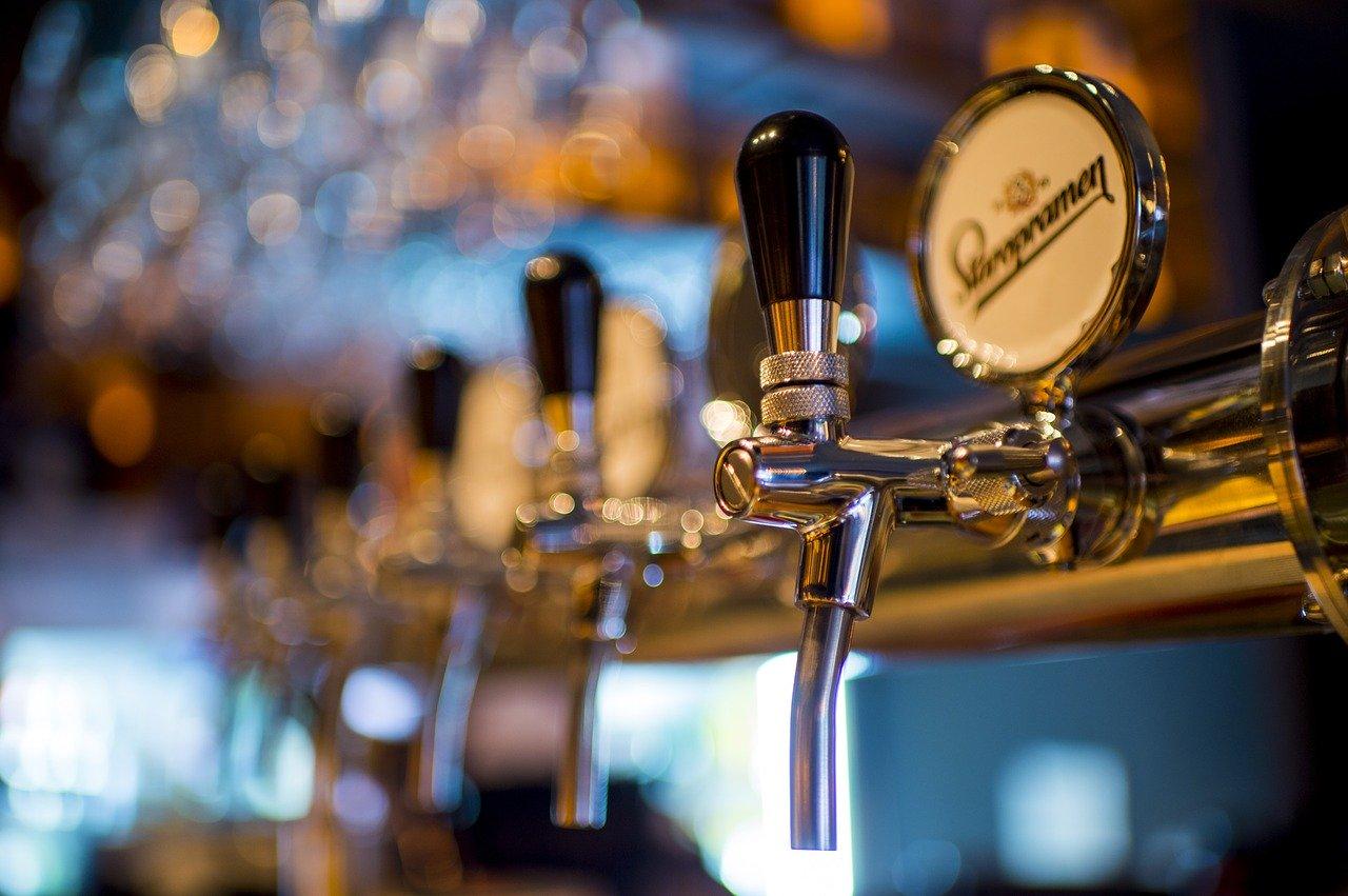 Pixabay/Vigan Hajdari: Analýza piva pomocí plynové chromatografie.