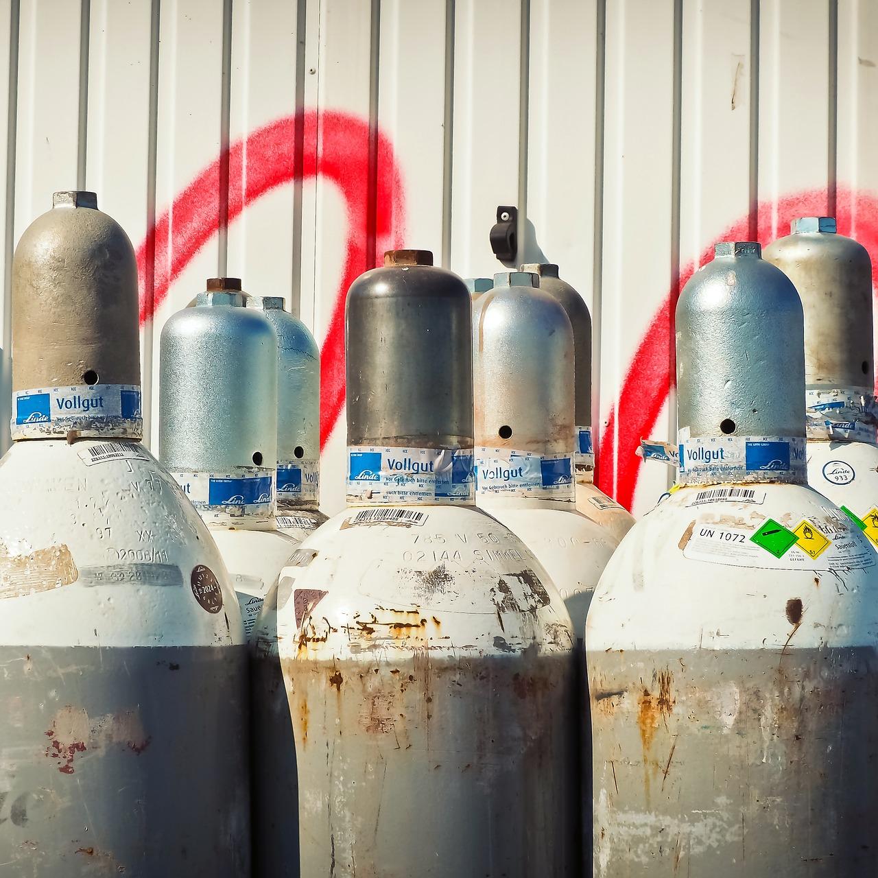 Pixabay/Michael Gaida: Nosný plyn v plynové chromatografii - helium a vodík