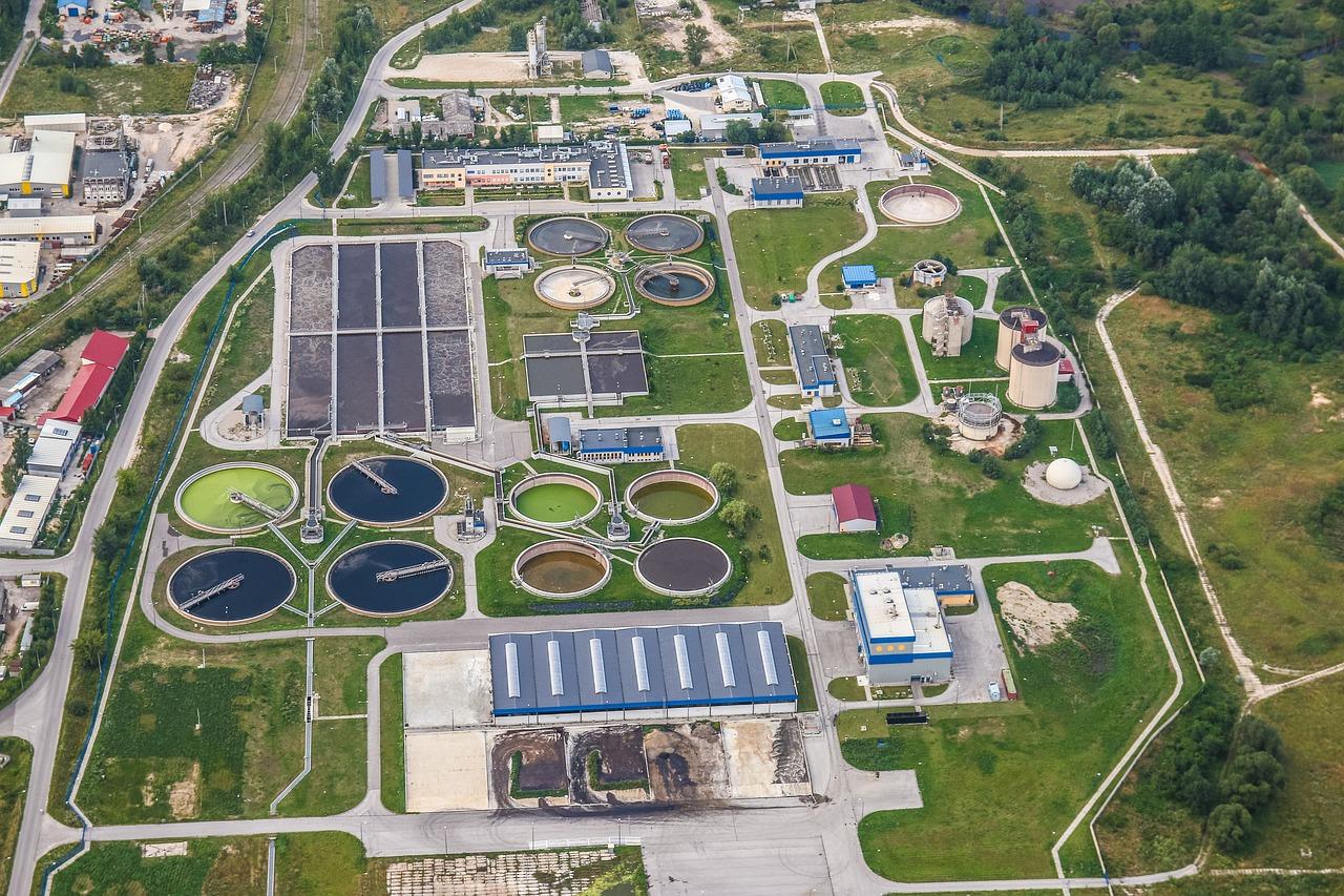 Pixabay/Michal Jarmoluk: ČOV - čistička odpadních vod
