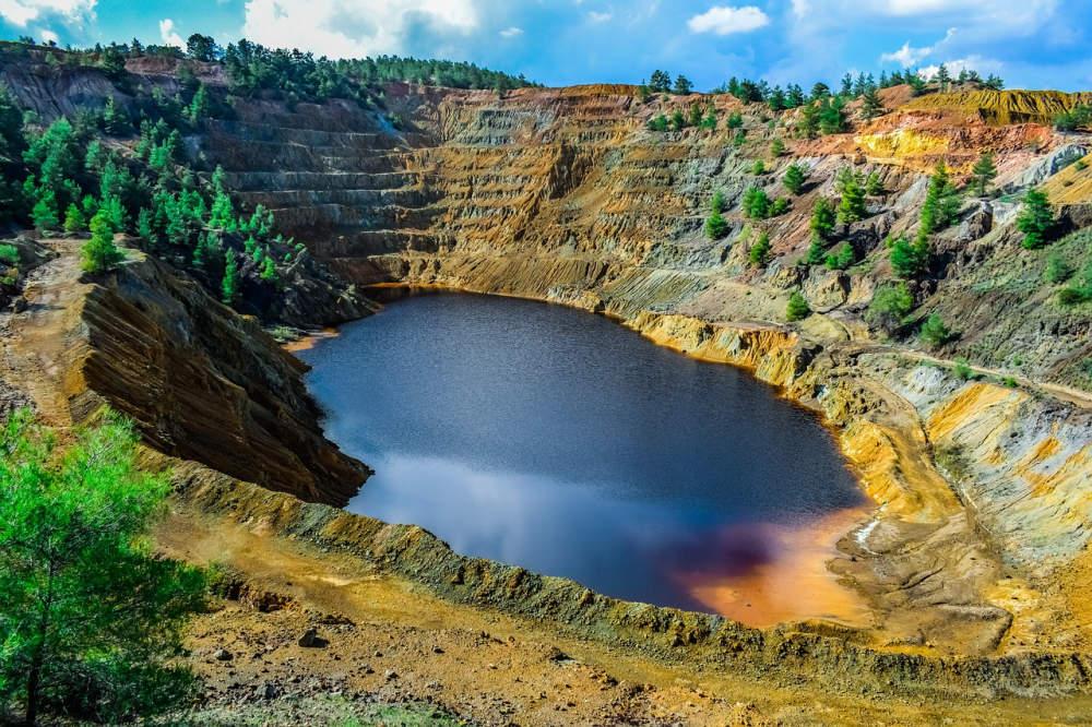 Recetox pomáhá zbavit Ukrajinu nebezpečných látek