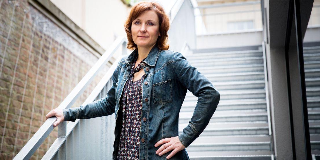Universitas: Daniel Hamerník: Chemička Jana Roithová jako jediná Češka získala dvakrát prestižní ERC grant.
