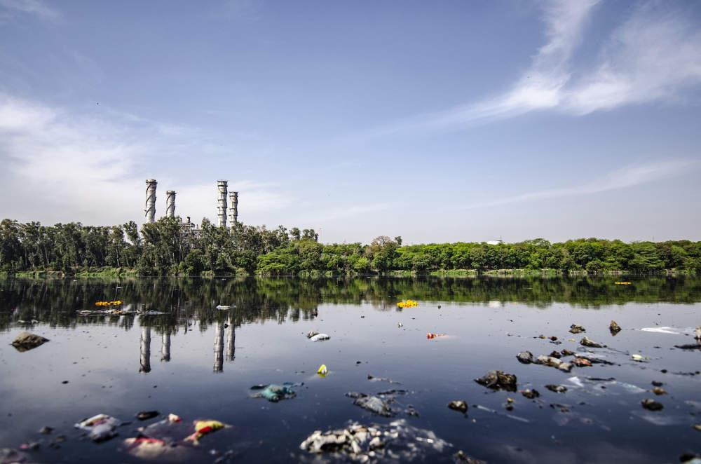 Výskyt pesticidů, léčiv, průmyslových kontaminantů v povrchových vodách ve správě Povodí Labe, s.p.