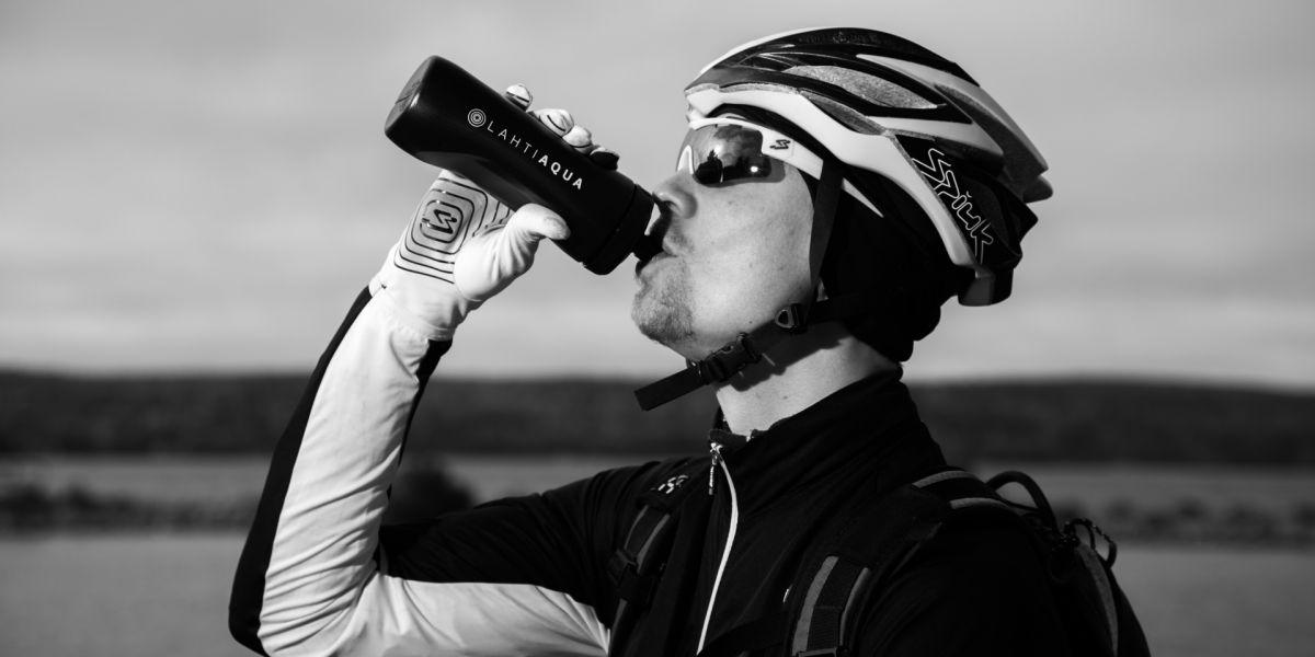 Lahtelaista hanavettä nautitaan loppuunmyydyssä Nokian Tyres Ironman 70.3 Finland -triathlontapahtumassa - Lahti Aqua