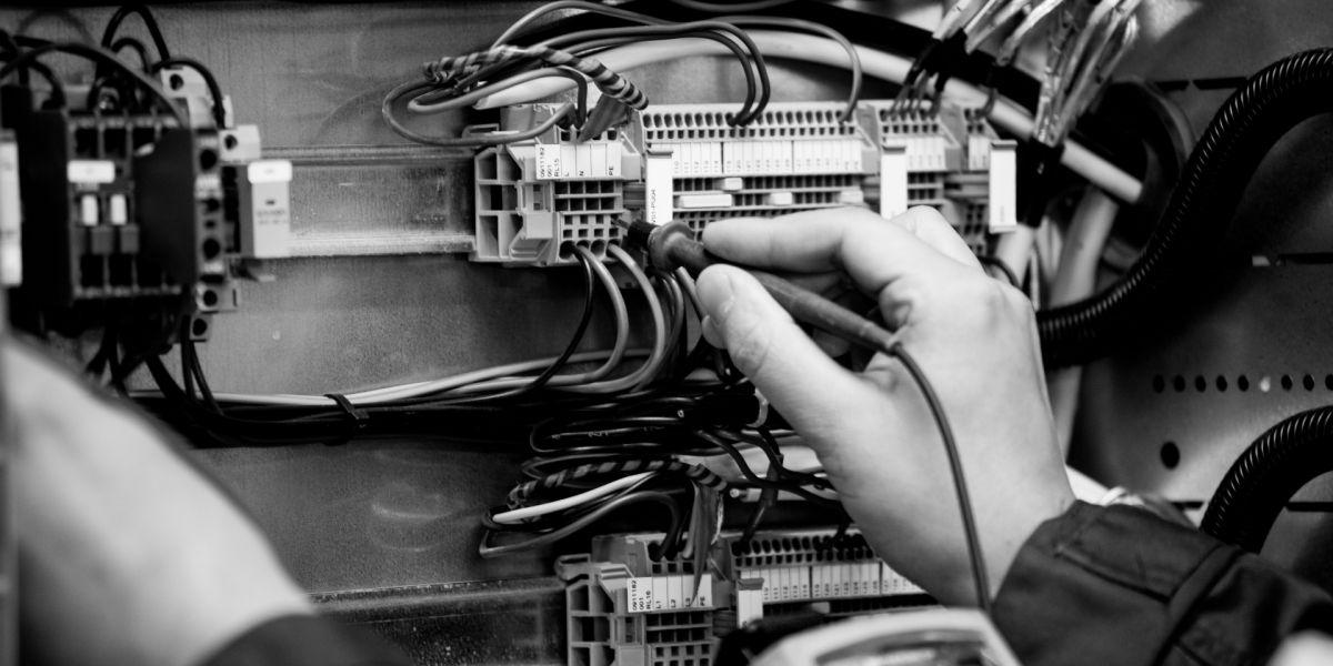 Avoimet työpaikat: sähkö- ja automaatioasentaja sekä laborantti - Lahti Aqua