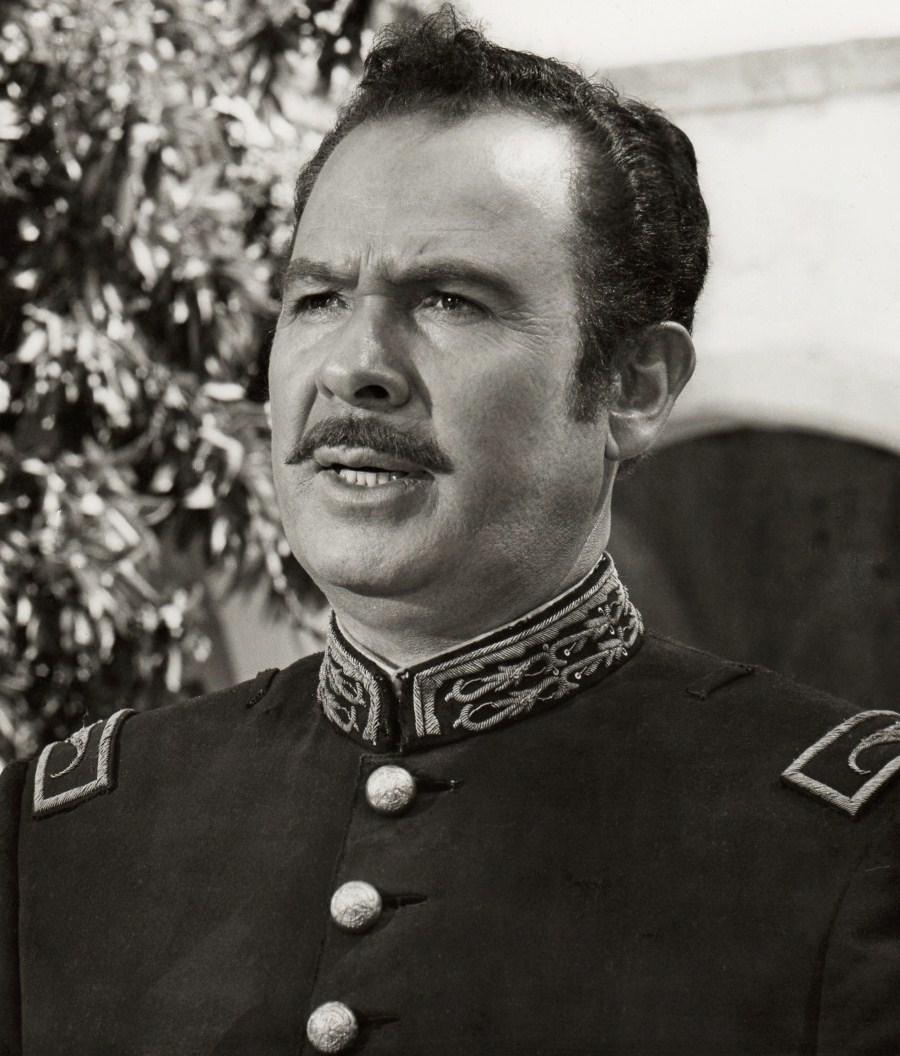 Antonio Aguilar blanco y negro