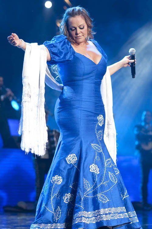 vestido blanco con azul