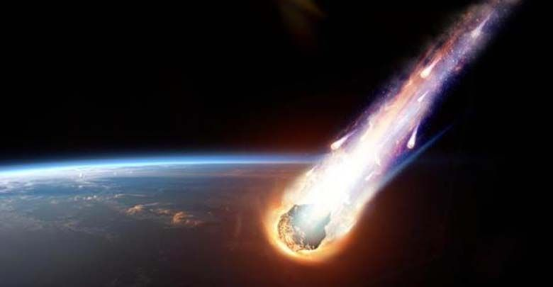 Meteorito hacia la tierra