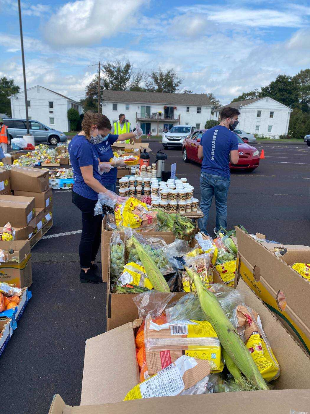 LCBC BranchCreek (Harleysville) and Be Rich partner Keystone Opportunity Center distributing food and coffee to the community