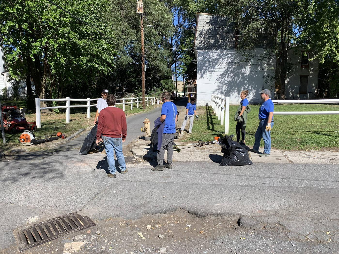 LCBC Harrisburg Community Clean-Up project
