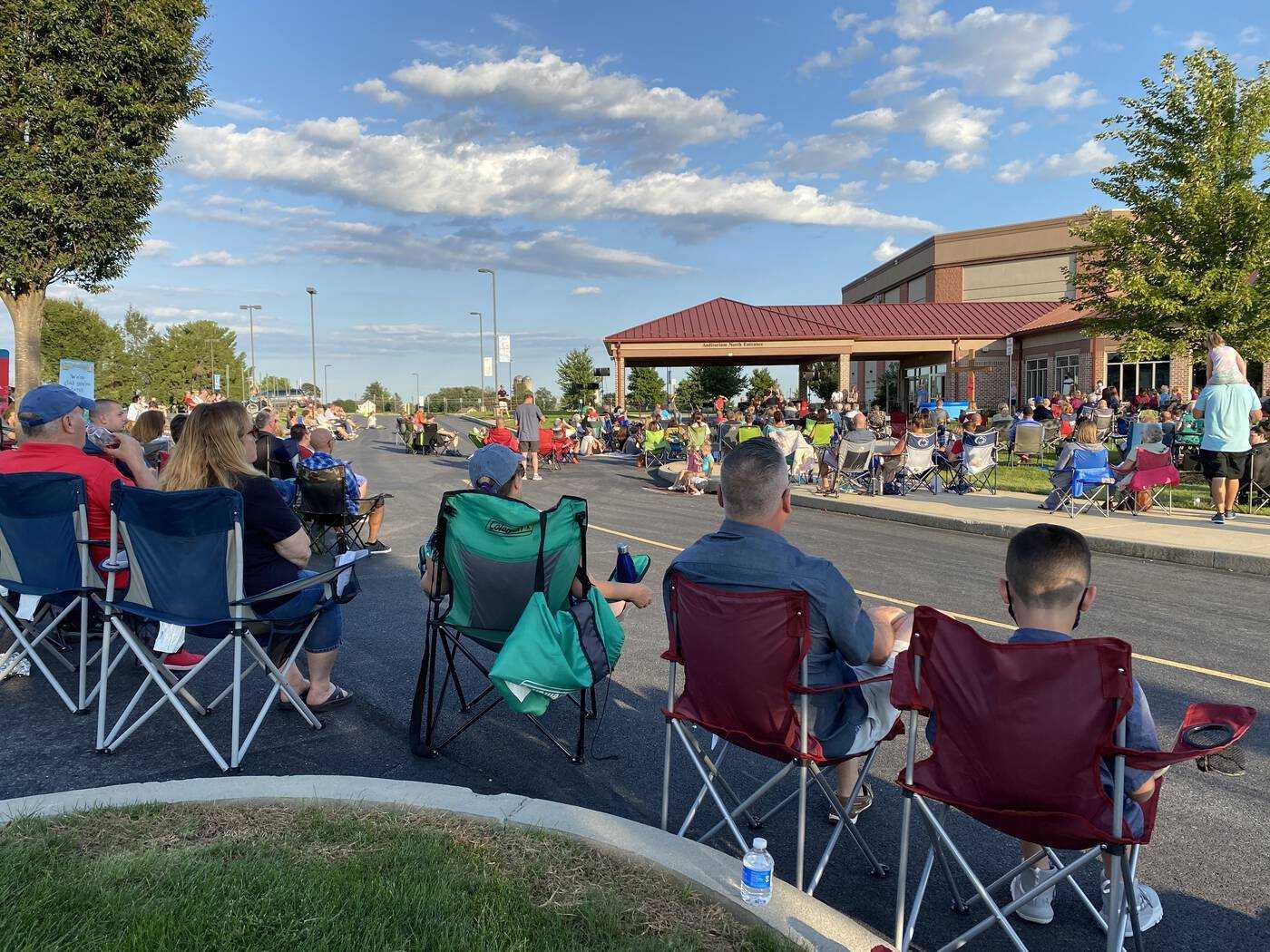 Outdoor Acoustic Worship Night at LCBC Manheim
