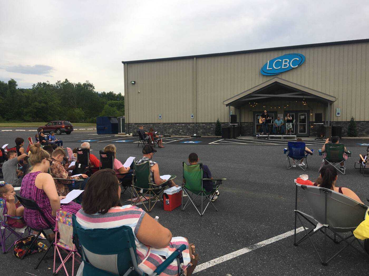 Outdoor Acoustic Worship Night at LCBC Waynesboro